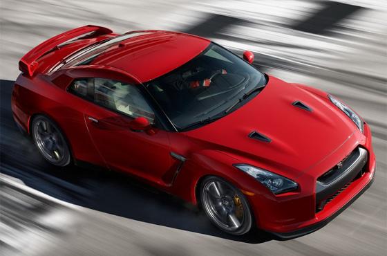 Nissan's 2014 GT-R: The Porsche-killer is back!