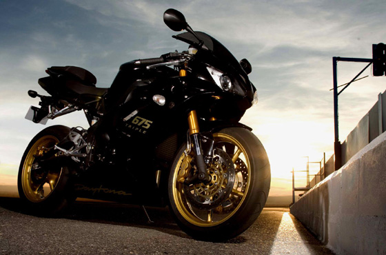 2013 MONSTER from Triumph