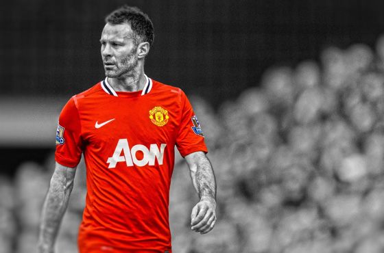 Ryan Giggs looking to revive troubled United after Moyes exit