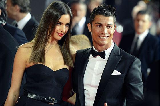 Breaking News: Irina Shayk 'Splits Up' with Cristiano Ronaldo