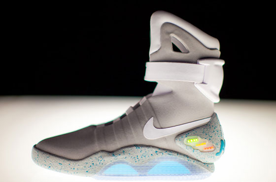 'Power Laces' Sneakers Back From the Future!